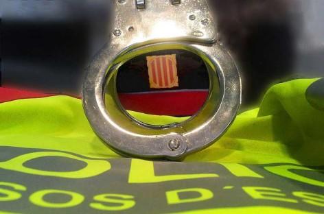 Tres detenidos por atracar una asociación cannábica de Montcada i Reixac haciéndose pasar por guardias civiles