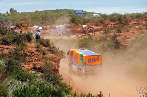 Una avería deja al KH-7 Epsilon Team al borde de abandonar el Dakar 2016