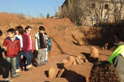 Las obras de la Escola Quatre Vents de Canovelles dejan al descubierto un poblado de hace 5000 años