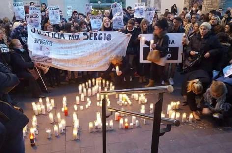 Concentración para pedir justicia para el joven de Montcada en coma tras ser apalizado
