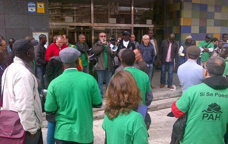 Afectados por la Hipoteca manifestándose en Granollers contra los desalojos