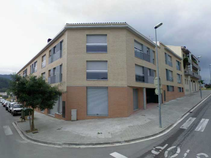 Sant celoni destina euros para comprar pisos para for Pisos alquiler cardedeu