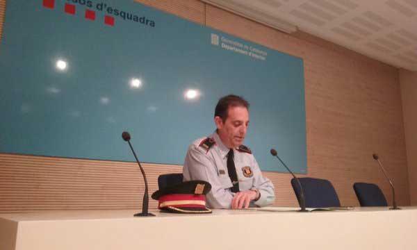 Ramon Grasa explicando los detalles de la operación