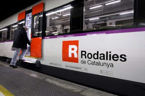 Detenido en Montcada un hombre por parar un tren en marcha provocando dos heridos leves