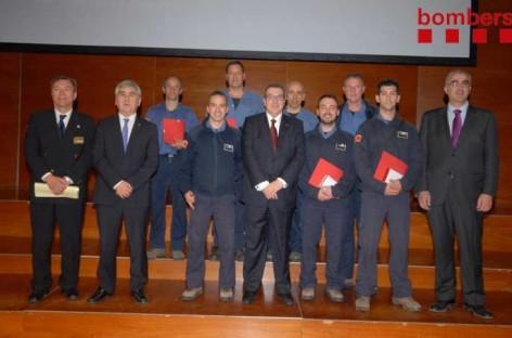 Tres bomberos de Sant Antoni reciben la Medalla de Honor por salvar la vida a un hombre en l'Ametlla