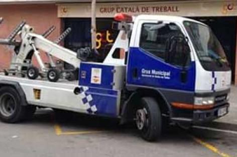 UGT reclama al ayuntamiento de Mollet que retire el servicio «foto-grúa»