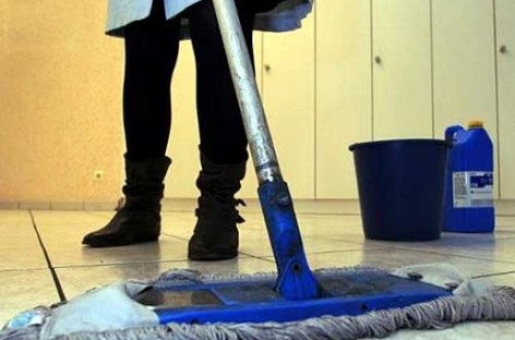 UGT denuncia la situación de las trabajadoras de la limpieza subcontratadas por el Ayuntamiento de Granollers