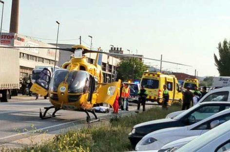 Un joven de 20 años gravemente herido al ser atropellado cuando cruzaba la C-35 en Sant Celoni
