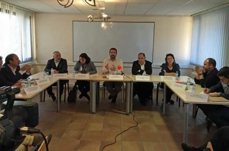 Alcaldes, patronal y sindicatos reclaman a la Diputación un nuevo programa para formar e insertar parados