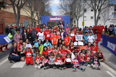 Más de 1.200 personas se suman en Sant Celoni a una campaña de apoyo al conserje acusado de unos supuestos abusos sexuales