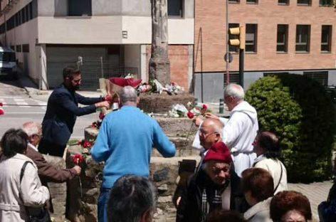 Vecinos de la Torreta le piden al alcalde de la Roca que se marcha de un acto de la Fiesta del barrio