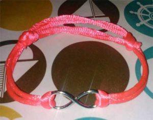 Una de las pulseras que se venden para ayudar a Jordi