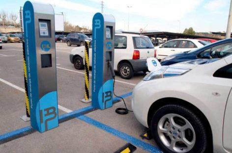 Mollet instalará un punto de recarga de vehículos eléctricos