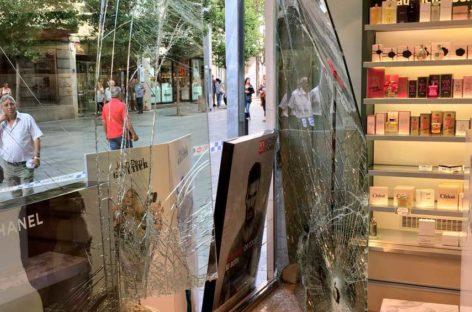 Detenidos los autores de los tres robos sucesivos a una misma perfumería del centro de Granollers