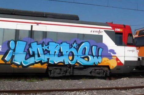 Detenidos cuatro jóvenes en Granollers por pintarrajear trenes