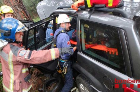 Rescatada una mujer en Bigues tras precipitarse por un terraplén de 20 metros