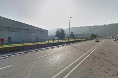Un muerto y cuatro heridos en un choque frontal en Martorelles