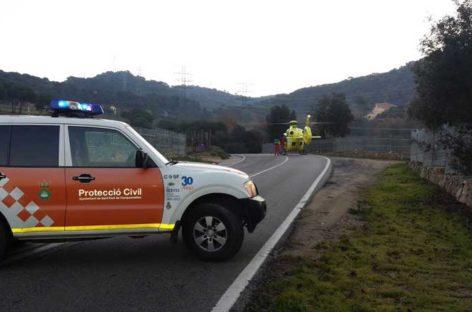 Un herido en un accidente de tráfico que ha obligado a cortar la B-500 en Sant Fost