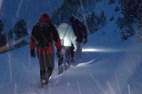 Una familia de Lliça de Vall rescatada por los Bombers tras pasar toda la noche perdida en el Pirineo