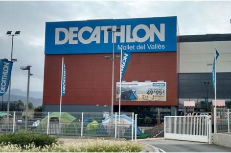 Una falsa alarma obliga a desalojar el Decathlon de Mollet