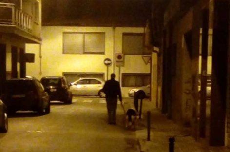 Altercado entre vecinos de Mollet por unas cacas de perro