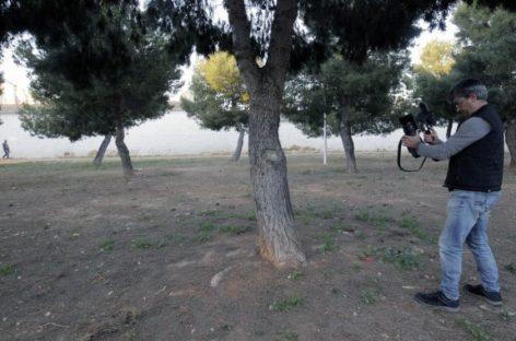 La Guardia Civil detiene en Mollet a un hombre que dejó atada a su sobrina a un árbol para que no viera a su novio
