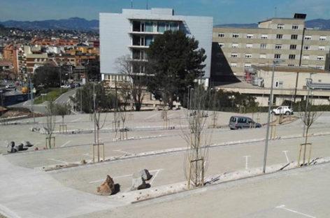 Amplían en 80 plazas más el aparcamiento gratuito del Hospital de Granollers