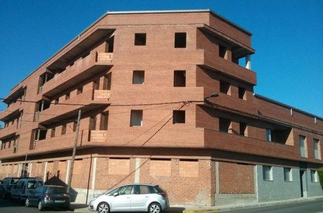 Palautordera moviliza todo un bloque de pisos de propiedad privada para ponerlo en alquiler