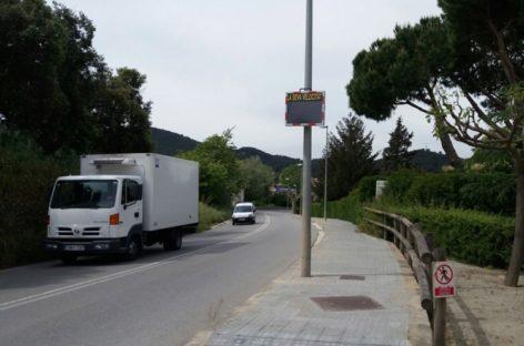 """Montornès instala un """"radar pedagógico"""" para controlar la velocidad de los vehículos"""
