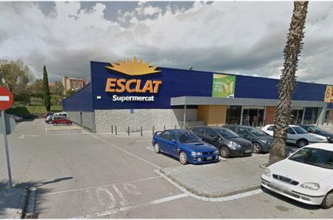 Un cliente de un supermercado de Sant Celoni herido tras ser agredido por otro cliente