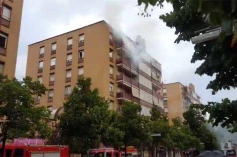 Una lavadora provoca un incendio en un piso del centro de Granollers