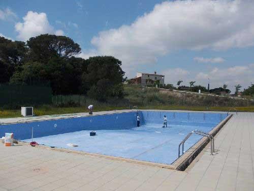 Una veintena de ni os intoxicados por cloro en la piscina de santa agn s de malanyanes revista - Cloro en piscinas ...