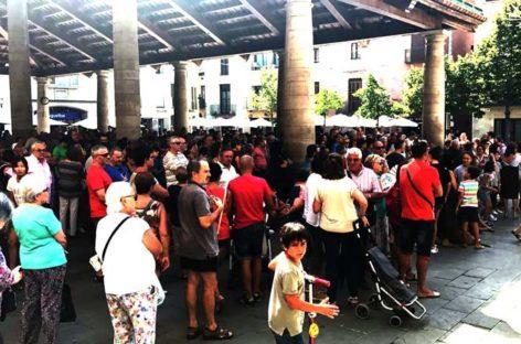 La Porxada de Granollers se llena en solidaridad con las víctimas del terrorismo en Barcelona y Cambrils