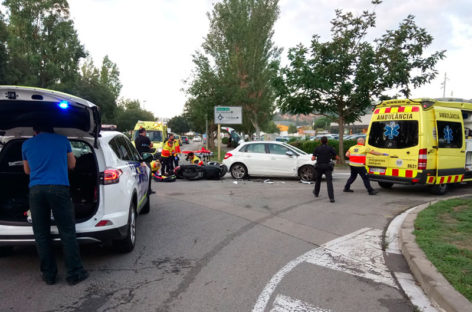 Un motorista de Granollers herido grave tras chocar contra un turismo