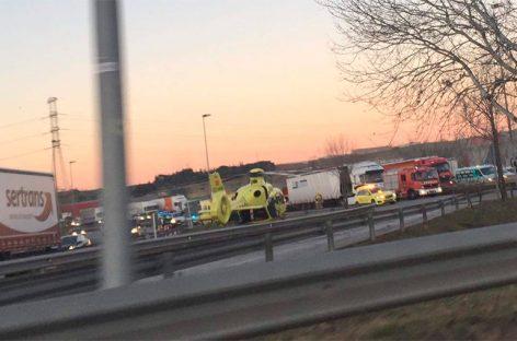 Un camionero de Les Franqueses fallece en un accidente en Santa perpètua de la Mogoda