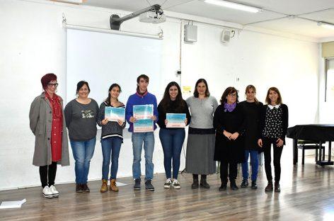 Lliurament de premis dels guanyadors del concurs de disseny per al Servei de Pediatria de l'Hospital de Granollers