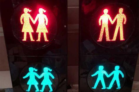 Canovelles instalará un semáforo con parejas gays y lesbianas