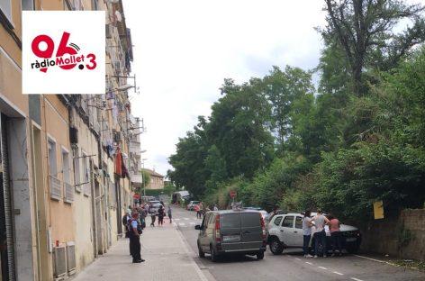 Los Mossos investigan unos restos de huesos que se han encontrado junto a la vía del tren en Mollet