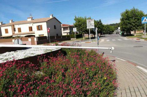 Derriban el mástil y roban la estelada de la entrada de la Garriga