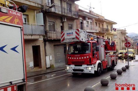 El incendio de una sartén en un piso de Les Franqueses provoca quemaduras a una persona
