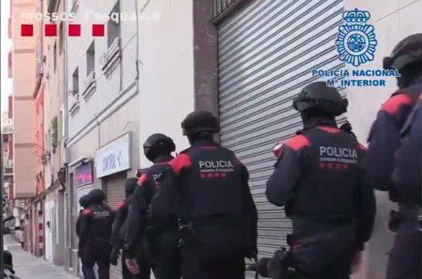 Detenidos varios jóvenes de Granollers y Cardedeu por estafar 700.000 euros clonando tarjetas de crédito