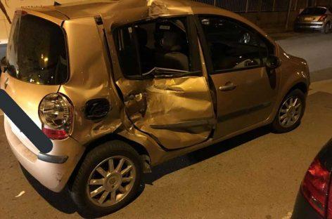 Una chica de la Garriga herida grave al estrellarse su coche contra una furgoneta aparcada
