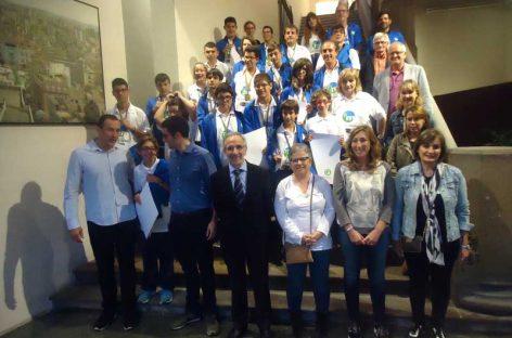 Recepció als alumnes de l'escola Montserrat Montero participants en els Jocs Special Olympics