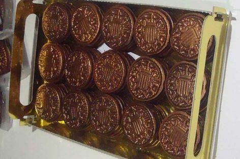 Els 'menuts', una moneda de Granollers, de xocolata