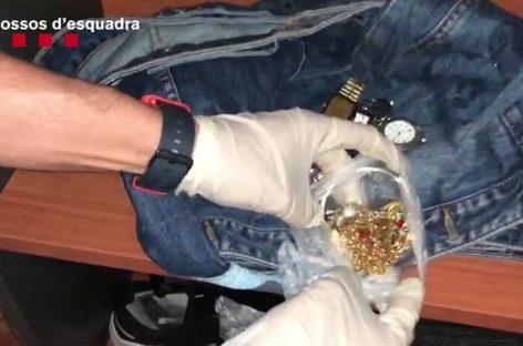 Detenidos dos ladrones por robos en casas de Parets y Abrera