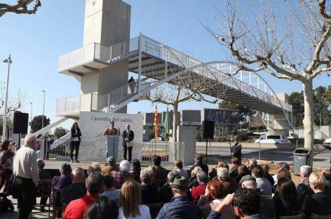 Inauguran la pasarela sobre la C-17 en l'Ametlla