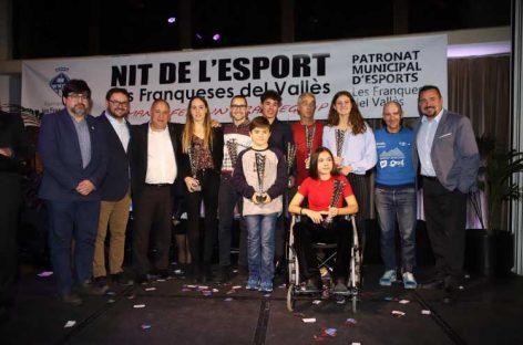 Pau Ribes i Meritxell Mas, del Club Natació les Franqueses, millors esportistes de la Nit de l'Esport