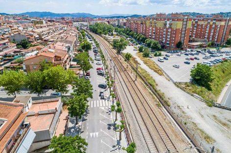 Empieza la construcción del paso subterráneo bajo la vía del tren entre Bellavista y Corró d'Avall
