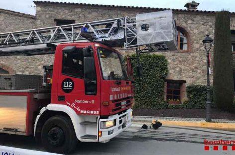 Un incendio provoca importantes daños en un restaurante de Vallromanes