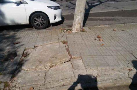 Queja de una vecina de Granollers por el estado de la calle Argentina